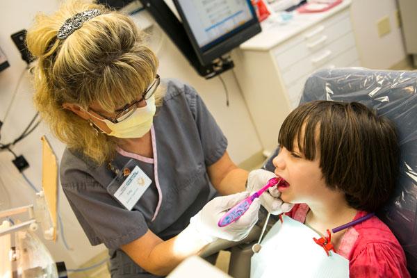 http://www.whitemountainhealth.org/uploads/images/content_pictures/Children's-dental-1.jpg